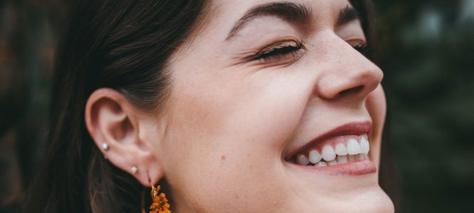 5 natural solutions to acne, and the reasons why they work